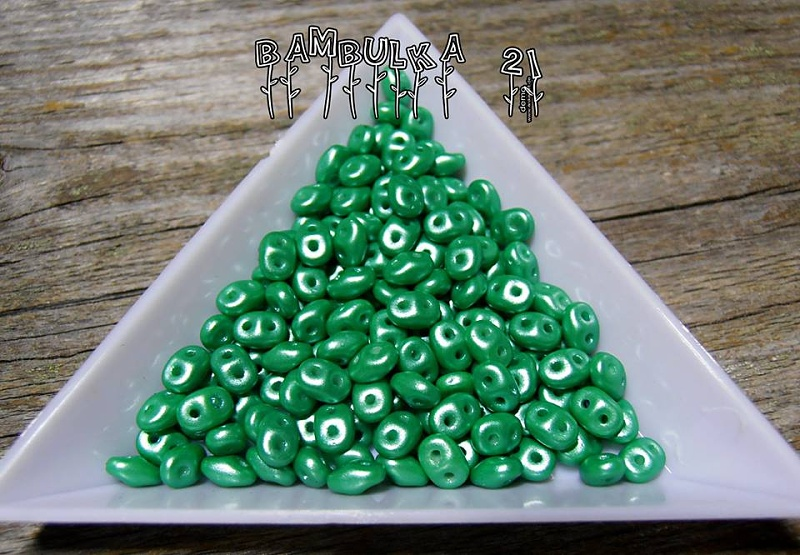 SuperDuo - 2,5mm x 5mm, Alabastr PEARL SHINE LIGHT GREEN